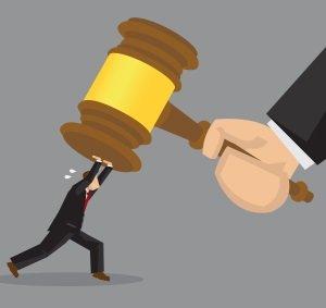 Судебный вердикт: работающей сотруднице не полагается пособие по уходу за ребенком